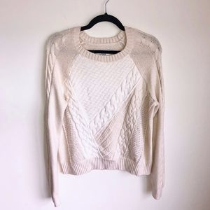 Abercrombie & Fitch Cable Knit Sweater Size M